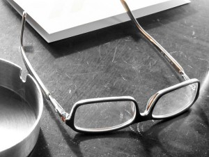 How to Buy Eyeglass Frames on a Budget
